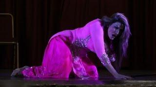 getlinkyoutube.com-Saima Khan dance at The stage drama Comedy Dangal Presented by JR Entertainment