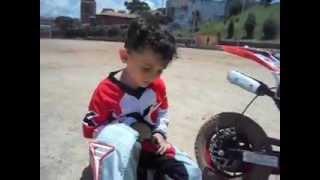 getlinkyoutube.com-Trilha de Moto Infantil...moto cross