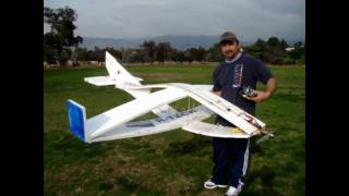 getlinkyoutube.com-8 Foot Hollow Wing rc plane by HaddadRC