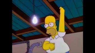 getlinkyoutube.com-Homero golpea el foco - Los Simpson