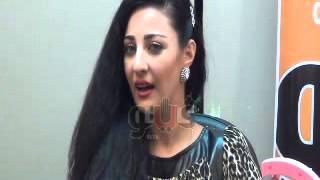 """getlinkyoutube.com-صافيناز: أحمد عز فتى أحلامى..وأحلم بالزواج من """"شاروخان"""""""