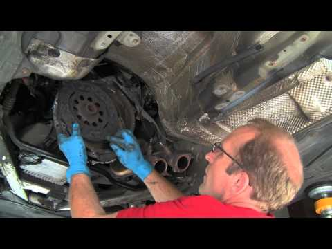 Replacing a BMW Self-adjusting Clutch &amp; Dual-mass Flywheel Part 1 of 2