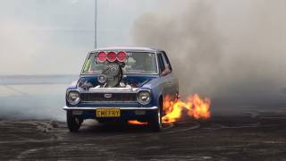 getlinkyoutube.com-BLOWN V8 COROLLA ( CMEFRY ) CATCHES FIRE IN THE BURNOUT FINALS AT KANDOS 2012