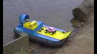 getlinkyoutube.com-RC Hovercraft carrying an RC car