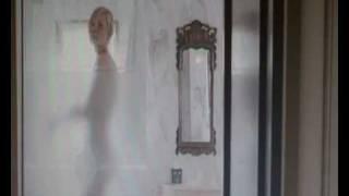 getlinkyoutube.com-wimbledon scene (Kirsten Dunst and Paul Bettany)