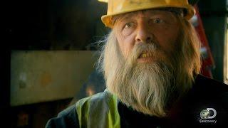 getlinkyoutube.com-Viking Ship Demolition | Gold Rush