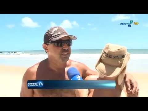 Danielle Fonseca Repórter Rede TV Praia Nudismo