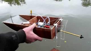 getlinkyoutube.com-Self made electric RC boat run #2