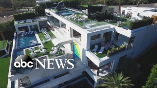 getlinkyoutube.com-A Tour of a $250M Mansion that Comes with Staff, Art Collection