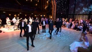 Profesyonel Dansçı Damattan Düğünde Muhteşem Koreografi