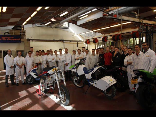 Garac Une Classe Un Projet: moto