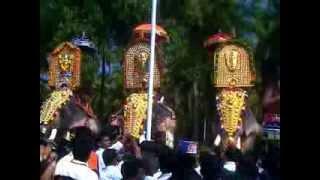 getlinkyoutube.com-Puthupulli kesavan,Thrikadavoor sivaraju,Mangalamkunn ayyappan nd Chulliparambill vishnusankar