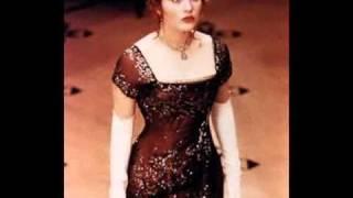 getlinkyoutube.com-titanic dresses.wmv