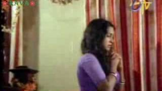 getlinkyoutube.com-Radhika first night with chiru