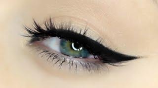 getlinkyoutube.com-Perfect Winged Liner Tutorial | How to apply winged eyeliner!!