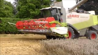 getlinkyoutube.com-Claas Lexion 570 in Einsatz in der Getreideernte 2013 | Case Puma 225 & MB Trac 1100 | Sound