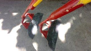 Две хорошие тяпки из старой лопаты. A hoe from old shovel.