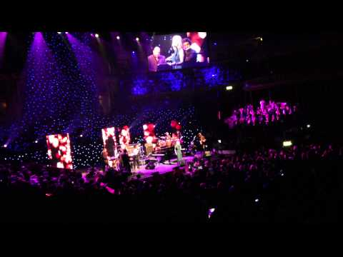 Googoosh London 2013,  