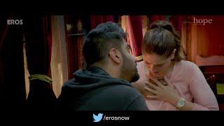 Arjun Kapoor Pressing Kareena kapoor boobs : Hot scene from Ki & Ka