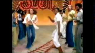 getlinkyoutube.com-Papa was a Rolling stone (Long version)  / Soul train line dance