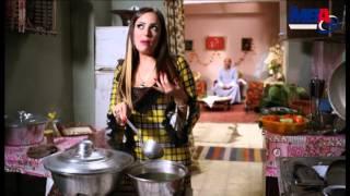 getlinkyoutube.com-شوف ريم البارودى وهى بتهزاء جوزها فى مشهد اخر كوميديا من مسلسل دلع بنات