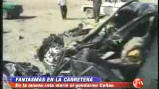 getlinkyoutube.com-Fantasma al pie de su cadaver