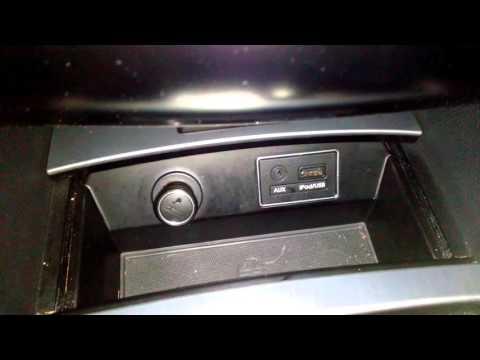 Где в KIA К9 находится аккумулятор