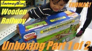 getlinkyoutube.com-Unboxing Sodor Gold Mine Mountain Set Thomas Wooden Railway Set 1 of 2