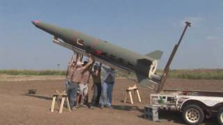 getlinkyoutube.com-LDRS 27 Pershing Q-motor Flight - High Power Rocket Launch