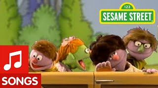 getlinkyoutube.com-Sesame Street: Let's Go Driving