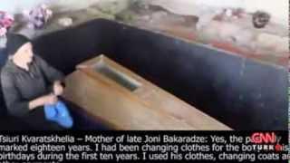 getlinkyoutube.com-oğlunun cesedini 18 yıl bordumda sakladı