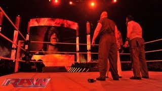 getlinkyoutube.com-After Bray Wyatt's cryptic message, Kane vows to show him why he's The Devil's Favorite Demon at Sum