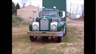 getlinkyoutube.com-B-61 Mack & the last run for the moving van