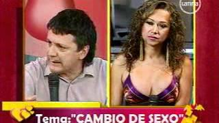 getlinkyoutube.com-Cambio de Sexo. David Ruiz Vela en Amor Amor. Frecuencia Latina. Parte 1