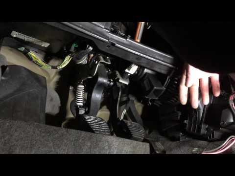Замена вентелятора печки Пежо 307