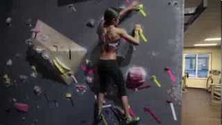 getlinkyoutube.com-Kacy Catanzaro American Ninja Warrior 6 Submission Video