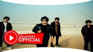 getlinkyoutube.com-Wali Band - Puaskah - Official Music Video - NAGASWARA