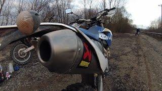 getlinkyoutube.com-Husaberg FE 390 Original vs Akrapovic Exhaust