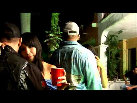 El Cholo Se Hizo Buchon-Didier Garcia(Video Oficial 2010)