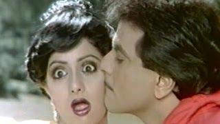 getlinkyoutube.com-Mumbai Roke To Roke Full Song | Himmat Aur Mehanat | Jitendra, Sridevi