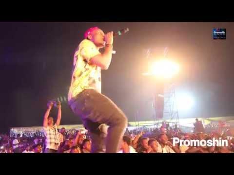 Wizkid Lagos Countdown (Sprays Money at Fans)