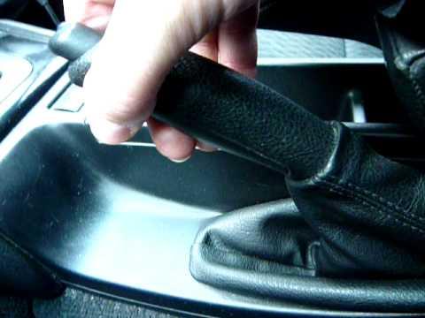 Расположение у BMW E46 троса ручного тормоза