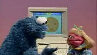 getlinkyoutube.com-Sesame Street - Cookie and Prairie use a computer