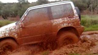 Vitara in the mud
