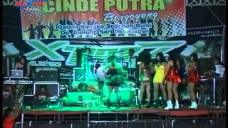 getlinkyoutube.com-Morena by  AYUKA HOT DJ with Sexy Dancer Rheynata   Voc  Reza Lawang Sewu XPOZZ