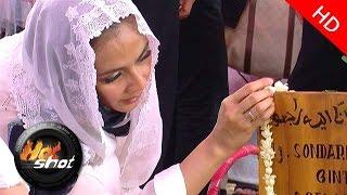 getlinkyoutube.com-Prosesi Pemakaman Ibunda Maudy Koesnaedi - Hot Shot 17 April 2015