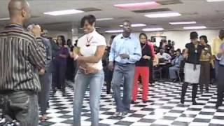 getlinkyoutube.com-Chuck Baby Line Dance
