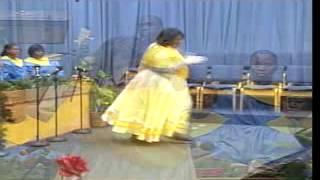 "getlinkyoutube.com-Shekinah Glory ""Say Yes"" (Praise Dance) -  by Wendee Miller"