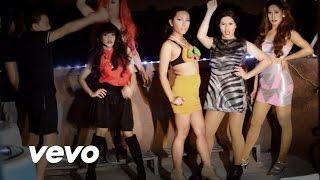 getlinkyoutube.com-Bang Bang Parody - Jossa J, Piranha Grande and Neggy Minaj