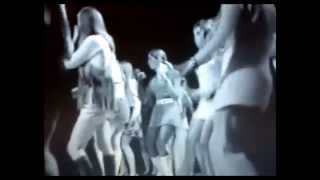 getlinkyoutube.com-Top Of The Pop's 1960's - Dancing Girls